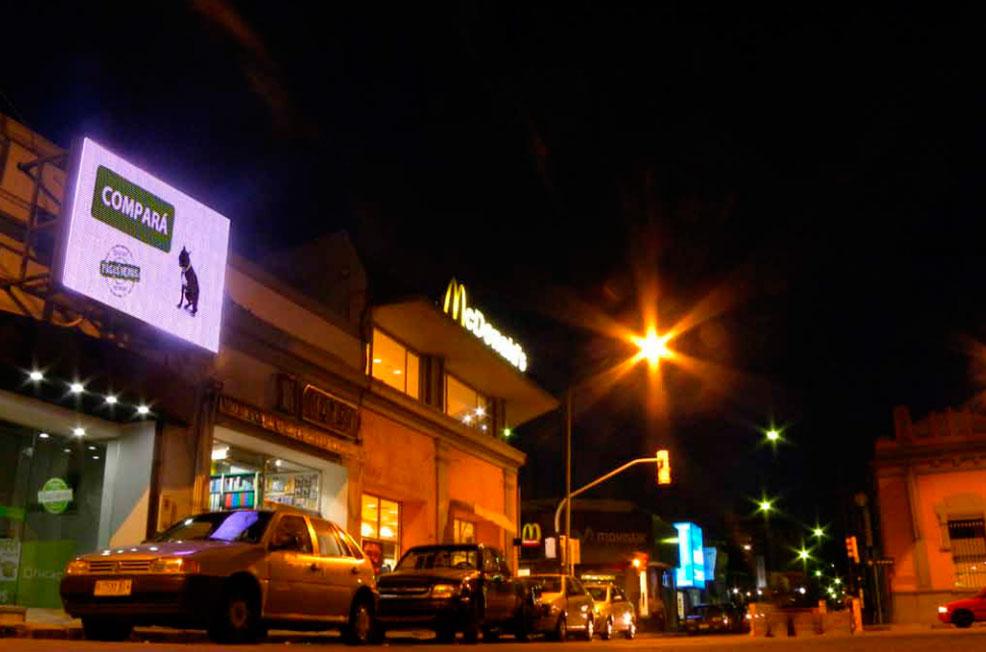 fachadas-locales-comerciales